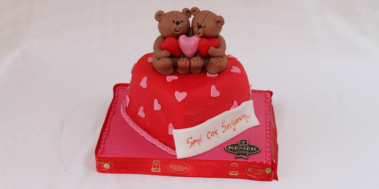 ayıcıklı kalp pasta
